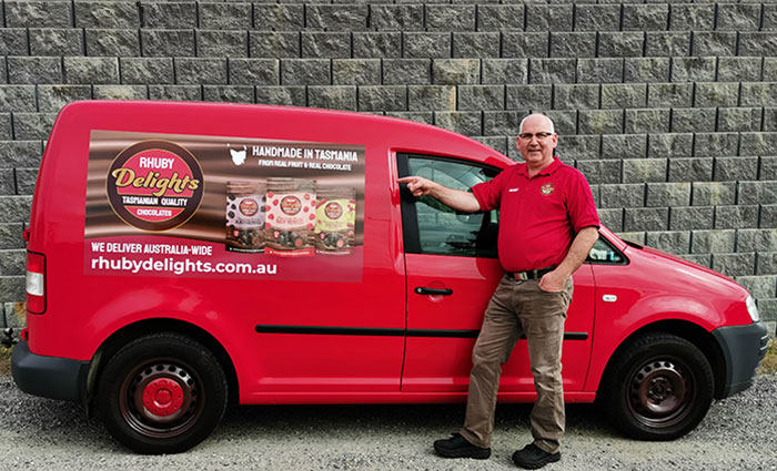 Malcolm and the Rhuby Delights van